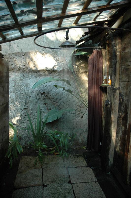 Bambu Indah, Udang House Shower