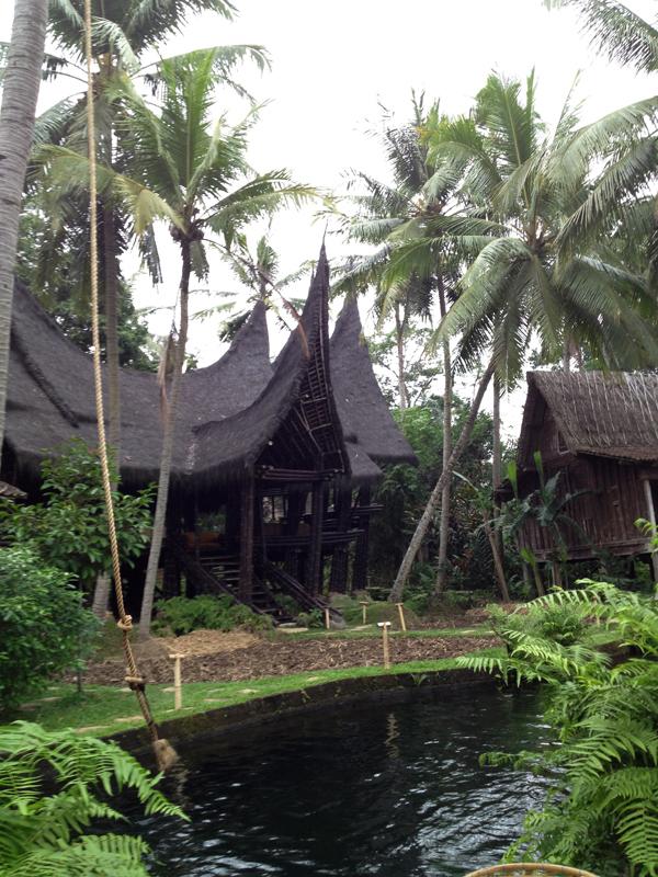 Bambu Indah Lounge